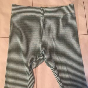 Tea. 12-18 month leggings. GUC